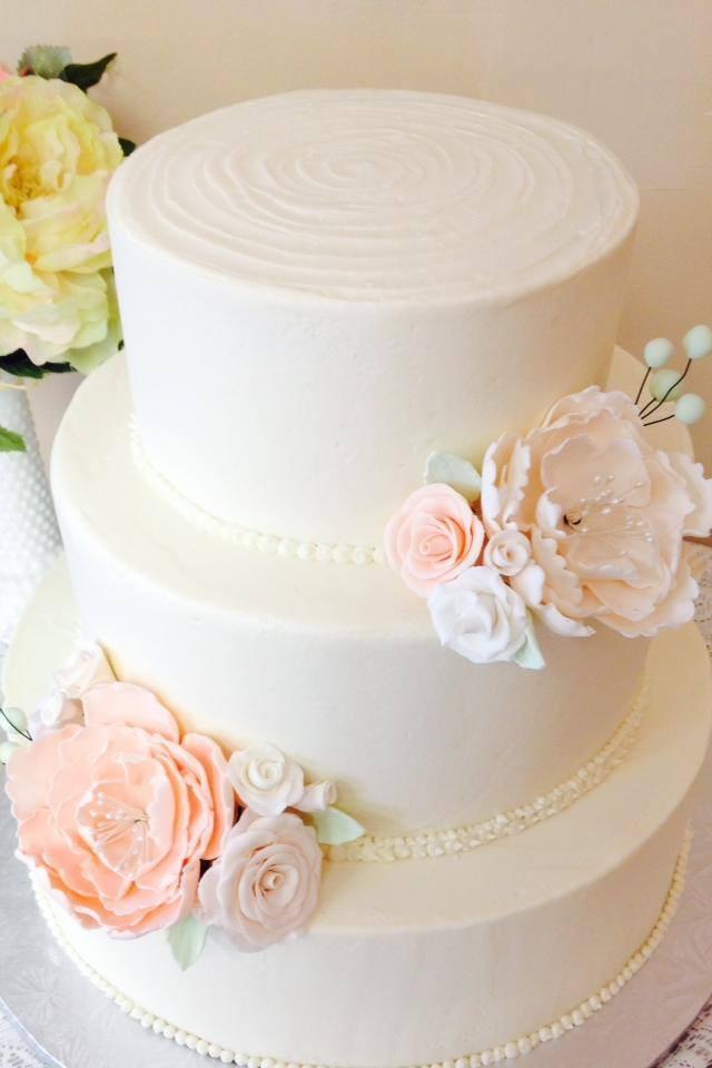 Wedding Cakes Fort Wayne  Sassie Cakes