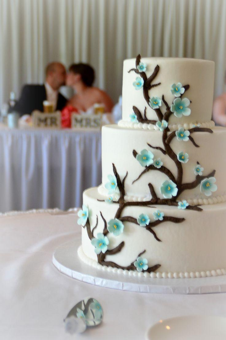 Wedding Cakes Fort Wayne  Wedding photo The Cake with couple in background Pine