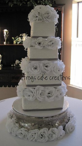 Wedding Cakes Fort Worth Texas  MamaFrog s Cake Creations Fort Worth TX Wedding Cake