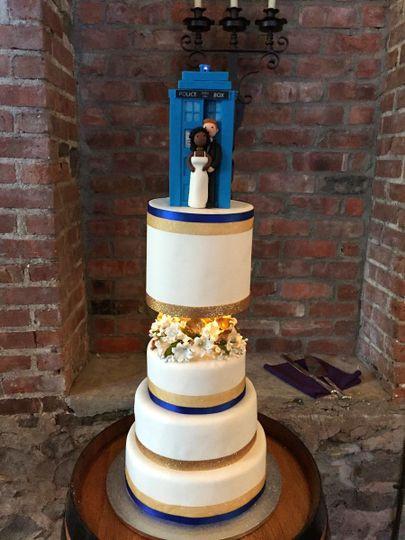 Wedding Cakes Fredericksburg Va  Bonn Boni Wedding Cake Fredericksburg VA WeddingWire