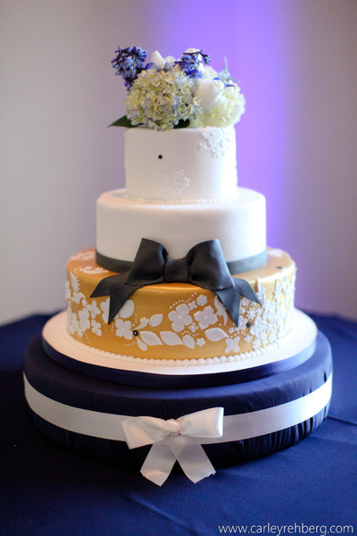 Wedding Cakes Fredericksburg Va  Fat Girl Cakes LLC Fredericksburg VA Wedding Cake