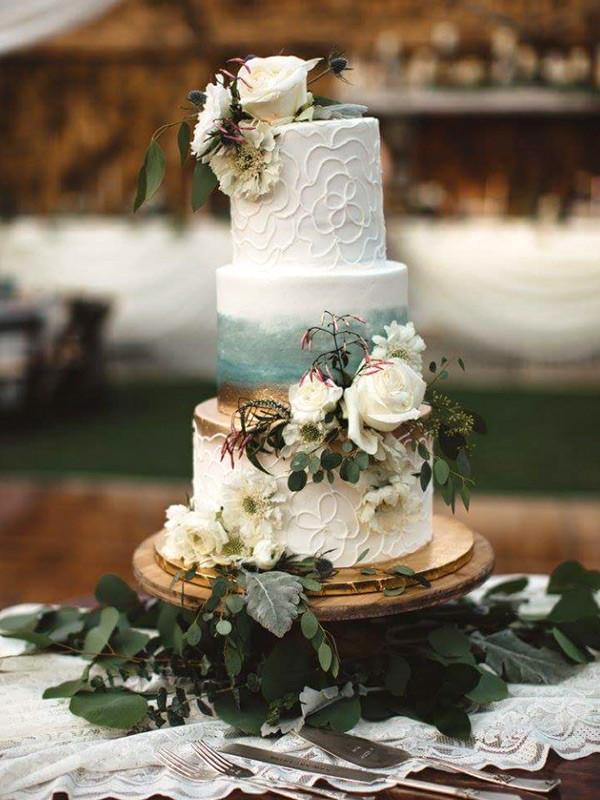 Wedding Cakes Fresno Ca  Frosted Cakery Fresno wedding cakes cupcakes & birthday