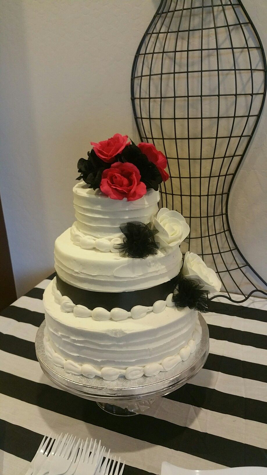 Wedding Cakes From Sam'S Club  Sam s club 3 tier cake for only $65 I like the texture to