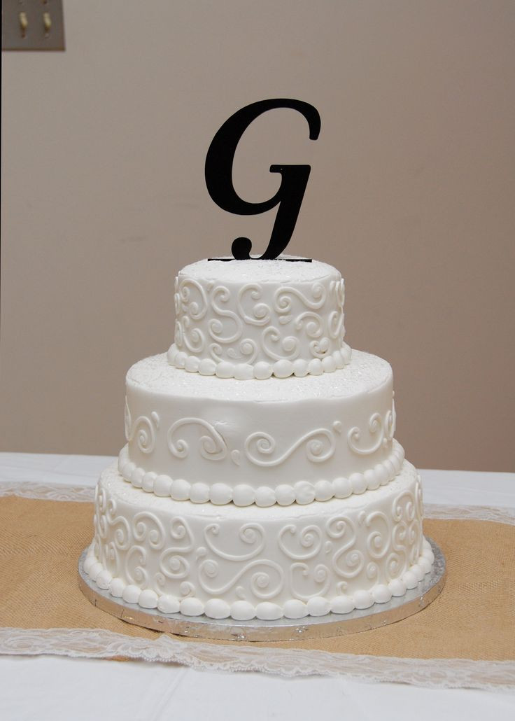 Wedding Cakes From Walmart  My wedding cake made at Walmart was almost hesitant to
