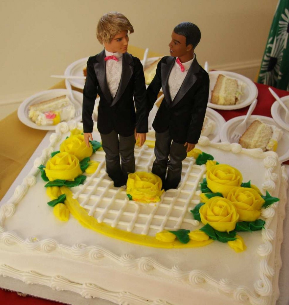 Wedding Cakes Gay  Gay Wedding Cake Ruling is Christian Persecution