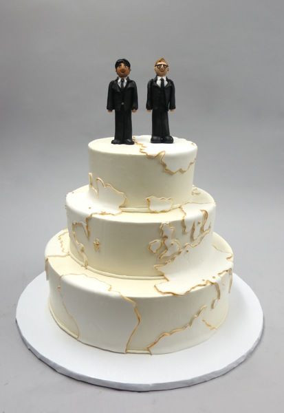 Wedding Cakes Gay  Around the world LGBT Topper Wedding Cake