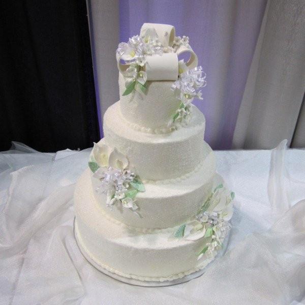 Wedding Cakes Green Bay  Bernie s Specialty Cake Shop Reviews & Ratings Wedding