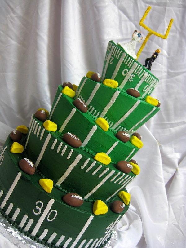 Wedding Cakes Green Bay  Sports Wedding Green Bay Packers Wedding Cake