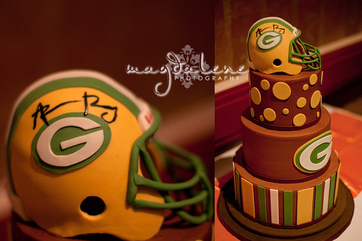 Wedding Cakes Green Bay  aaron rodgers green bay packers wedding cake