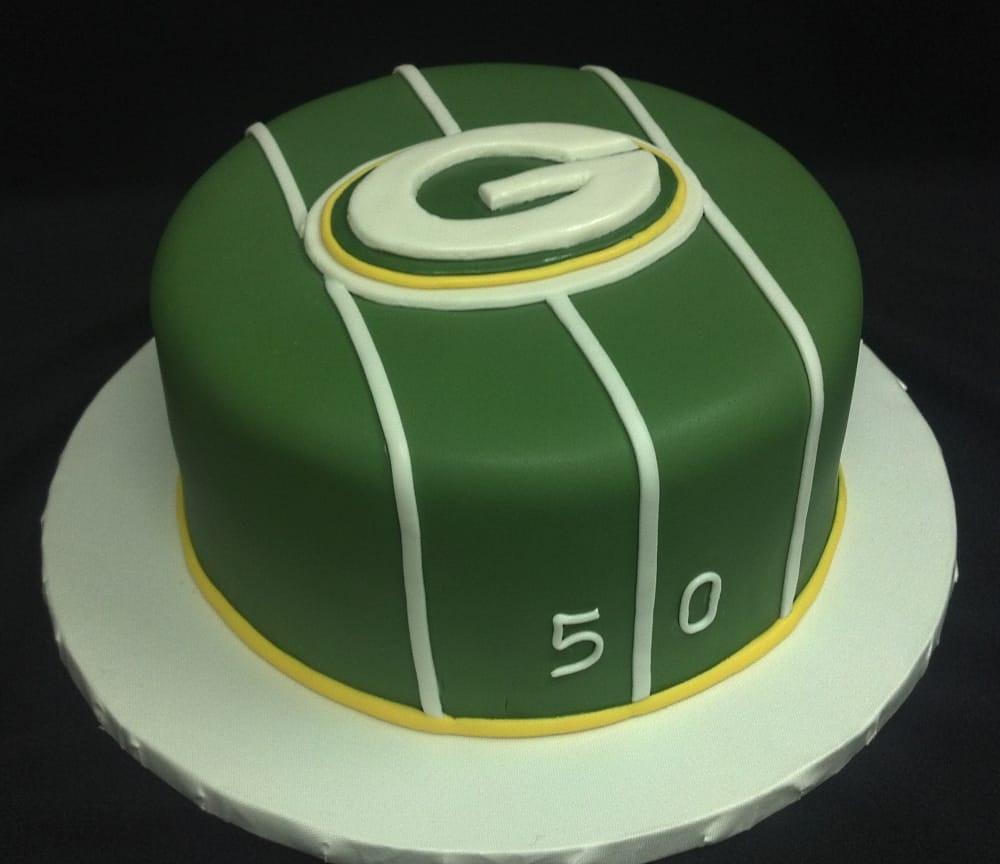 Wedding Cakes Green Bay  Minneapolis grooms cakes Saint Paul MN grooms cakes