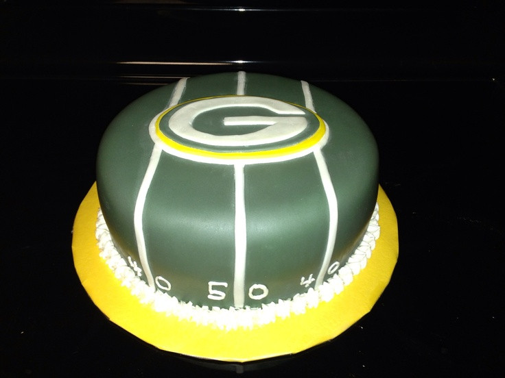Wedding Cakes Green Bay Wi  Green Bay packer cake covered in fondant with fondant logo
