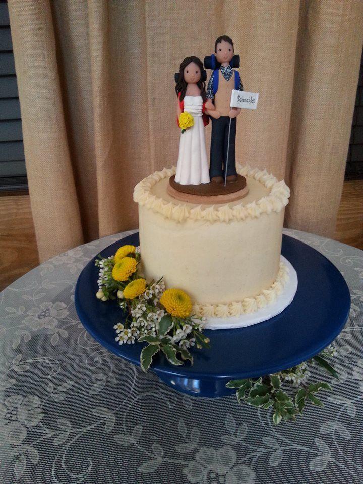 Wedding Cakes Harrisonburg Va  Classic Wedding cakes from Bijou s Sweet Treats Bakery in