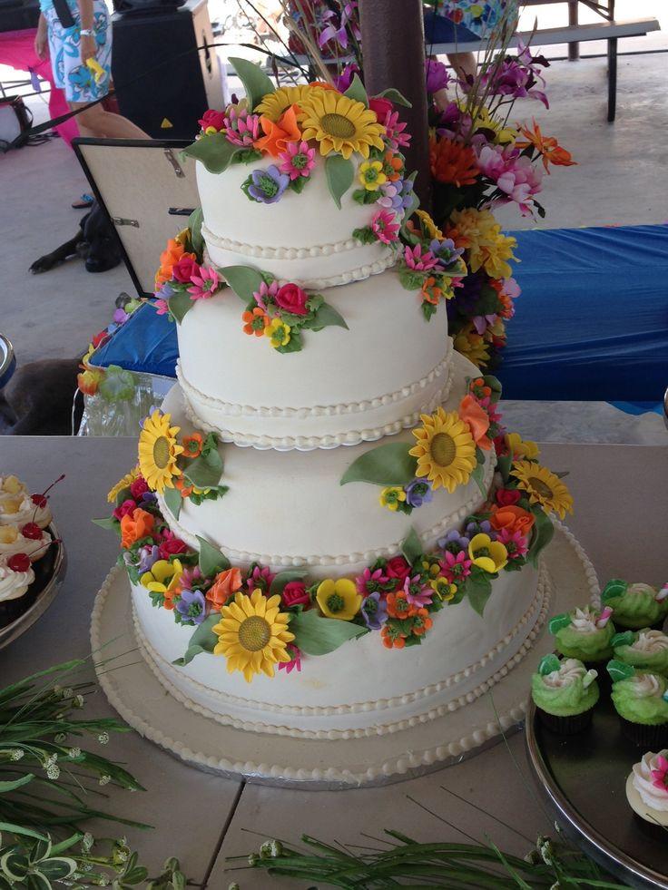 Wedding Cakes Hawaii  Hawaiian themed wedding cakes idea in 2017