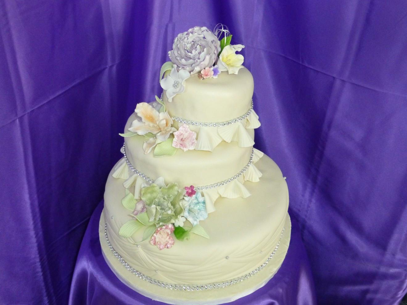 Wedding Cakes Hawaii  Hawaii Wedding Cake