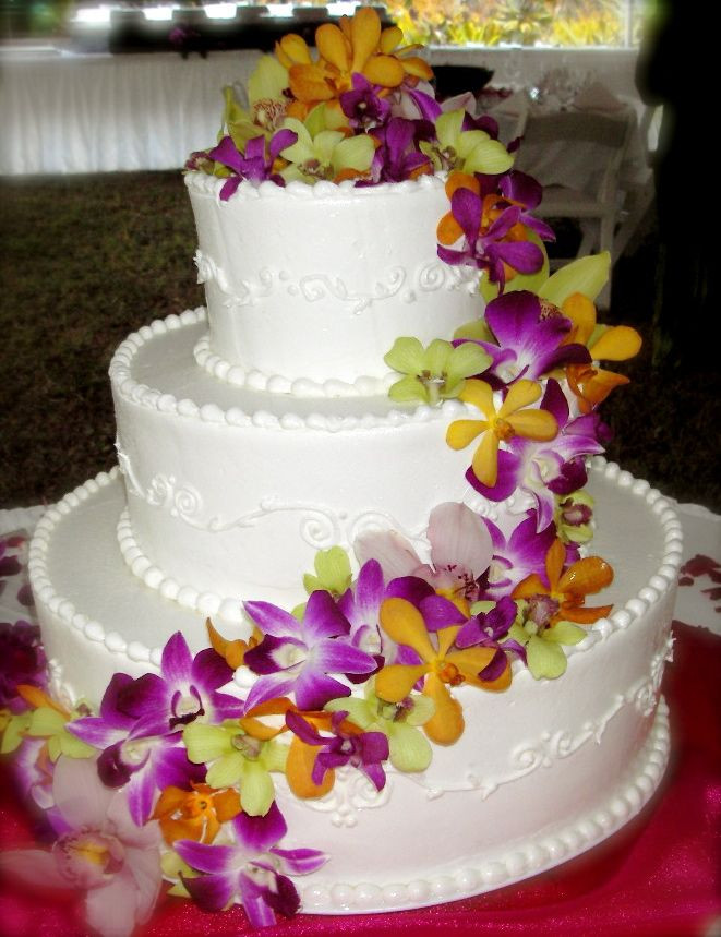 Wedding Cakes Hawaii  25 best ideas about Hawaiian Wedding Cakes on Pinterest