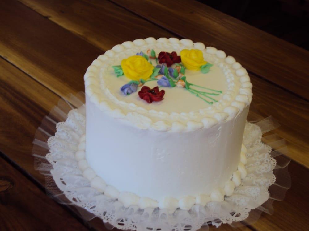 Wedding Cakes Ice Cream  Ice cream cake wedding idea in 2017