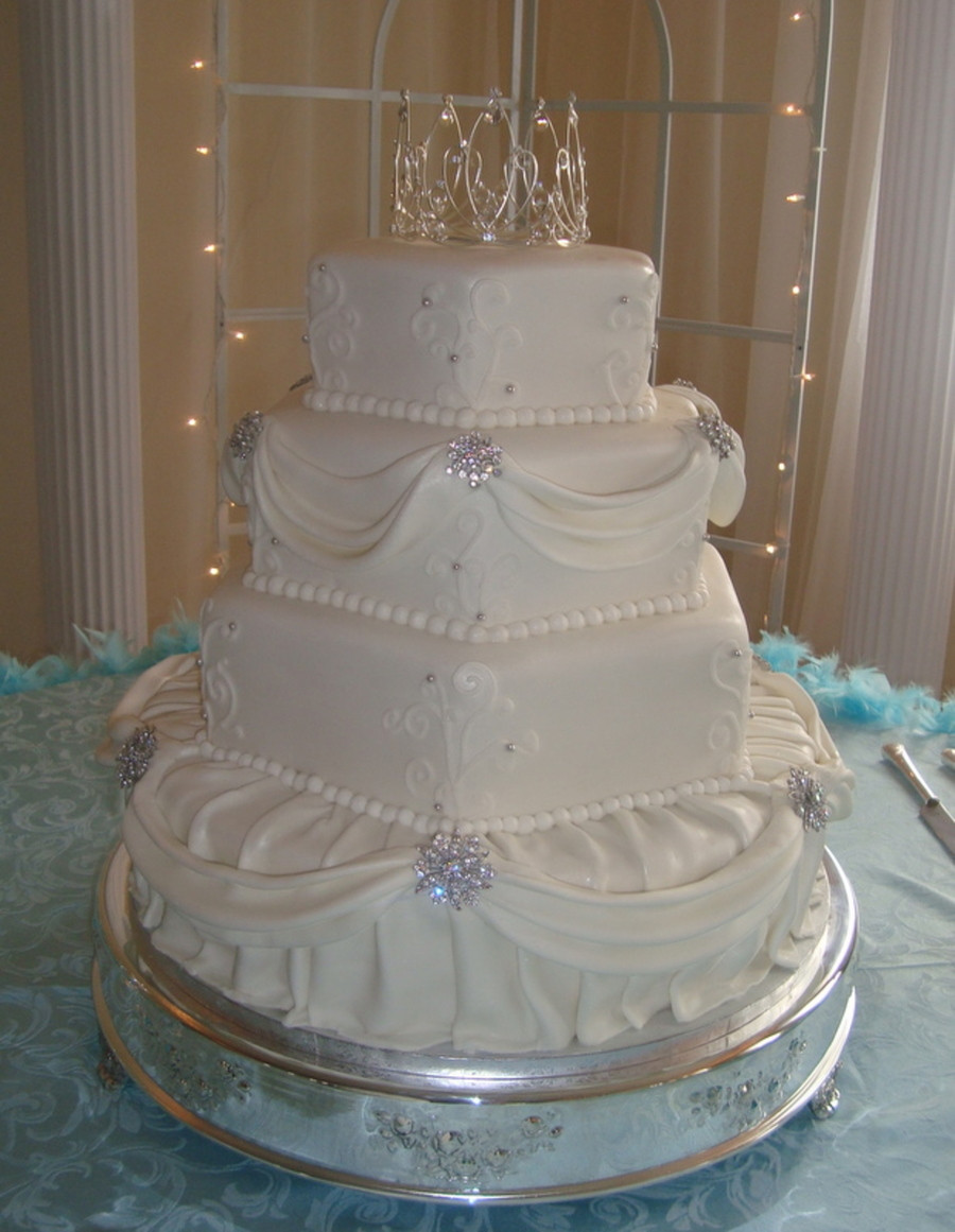 Wedding Cakes Images  Hexagon And Round 4 Tier Elegant Wedding Cake