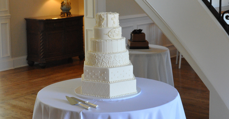 Wedding Cakes In Memphis Tn  Frost Bake Shop