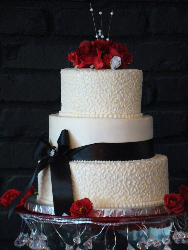 Wedding Cakes In Pigeon Forge Tn  Also from Cakes by Bakin Bishop in Pigeon Forge TN