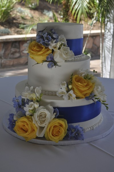 Wedding Cakes In San Diego  Cute Cakes Escondido and San Diego CA Wedding Cake