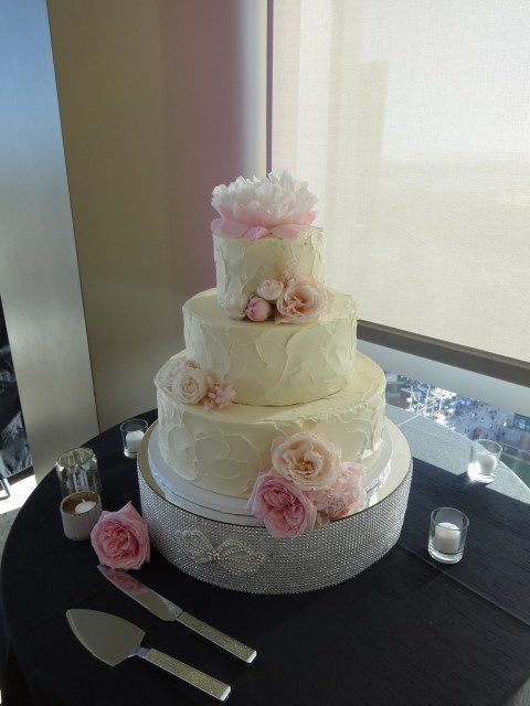Wedding Cakes In San Diego  Classic Buttercream Wedding Cakes