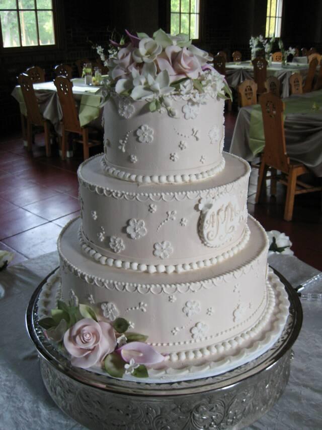 Wedding Cakes In St Louis  Wedding Cake St Louis Wedding Cakes Encore