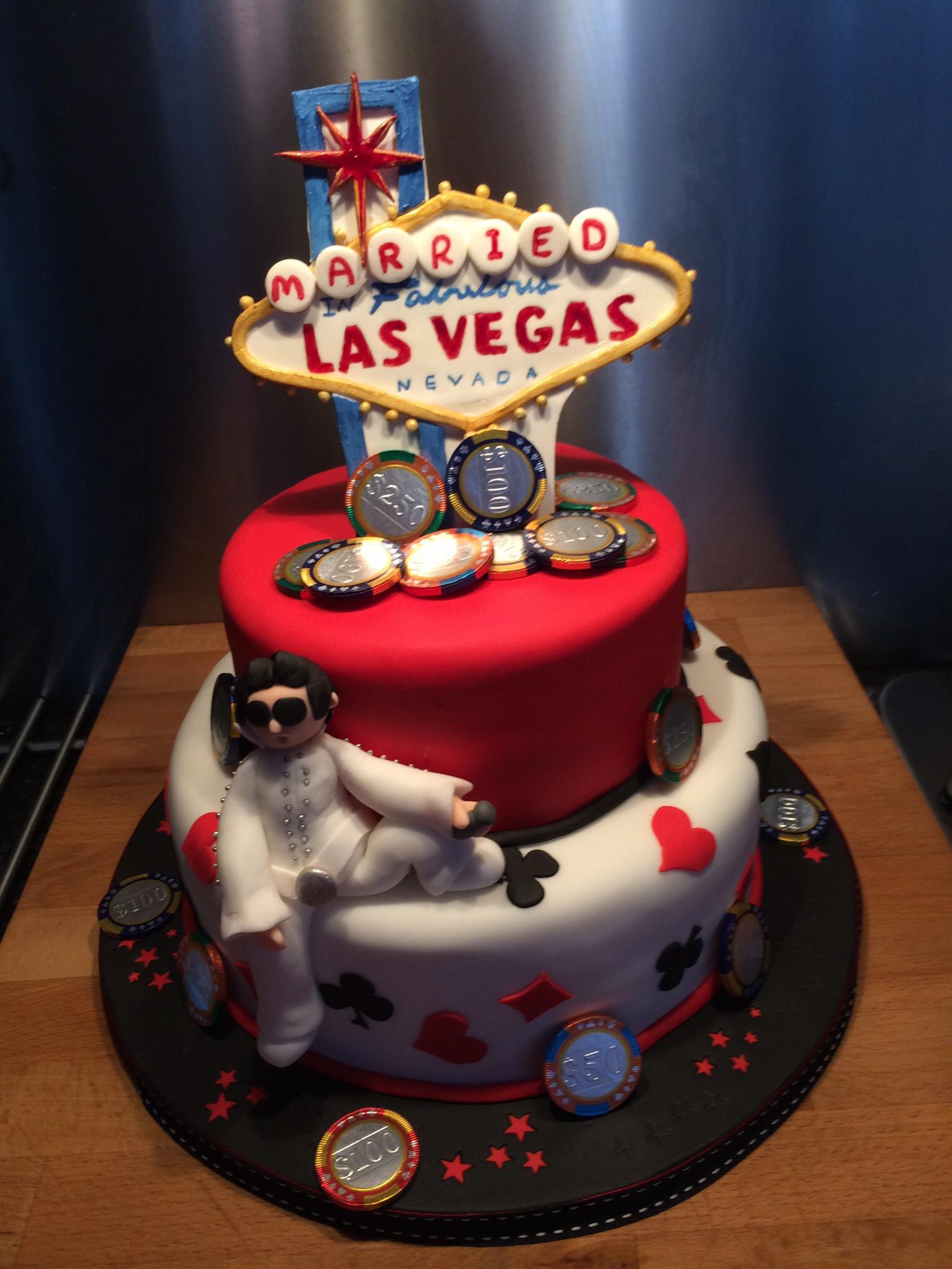 Wedding Cakes In Vegas  Las vegas wedding cakes idea in 2017