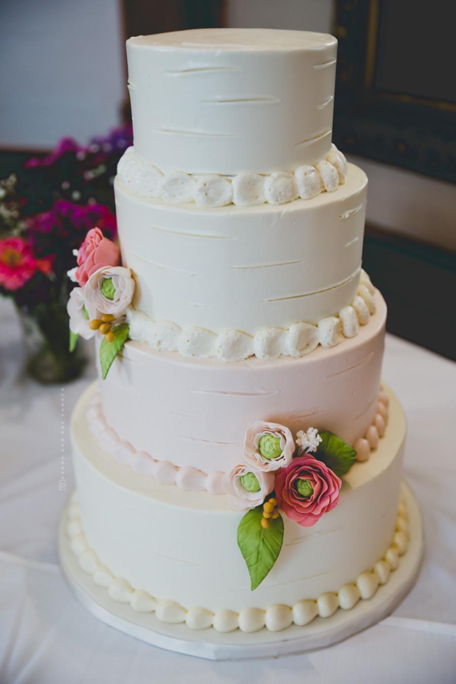 Wedding Cakes Indiana  Indianapolis Wedding grapher