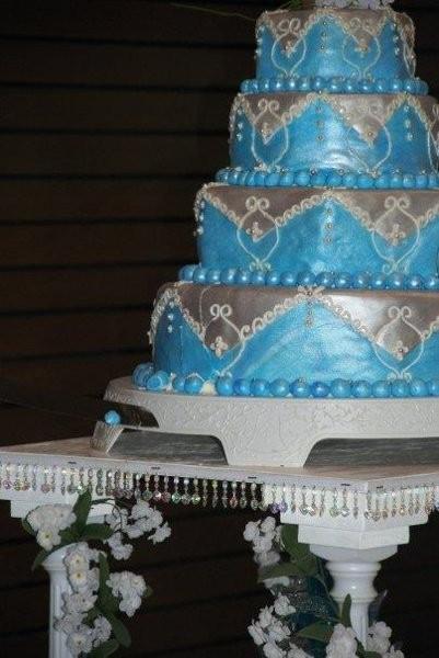 Wedding Cakes Indiana  To The Extreme Cakes Wedding Cake Indiana Indianapolis
