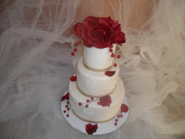 Wedding Cakes Indiana  Indiana Weddings