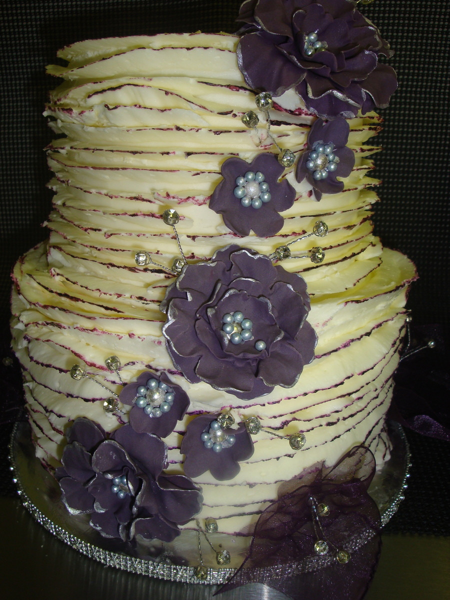 Wedding Cakes Indiana  Underground Cupcakes & Cafe Wedding Cake Bloomington