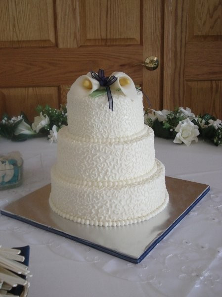 Wedding Cakes Indiana  Indy Cakes Wedding Cake Indianapolis IN WeddingWire