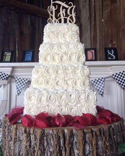 Wedding Cakes Jackson Tn  Catie Cakes Wedding Cake Jefferson City TN WeddingWire