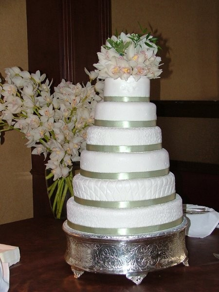 Wedding Cakes Jackson Tn  A WEDDING CAKE OF OXFORD Wedding Cake Tennessee