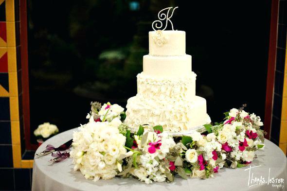 Wedding Cakes Jacksonville Fl  Bee Wedding Cakes Jacksonville Fl Inexpensive Custom