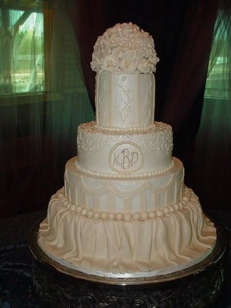 Wedding Cakes Jacksonville  Betty Zeigler Cakes LLC Wedding Cake Florida