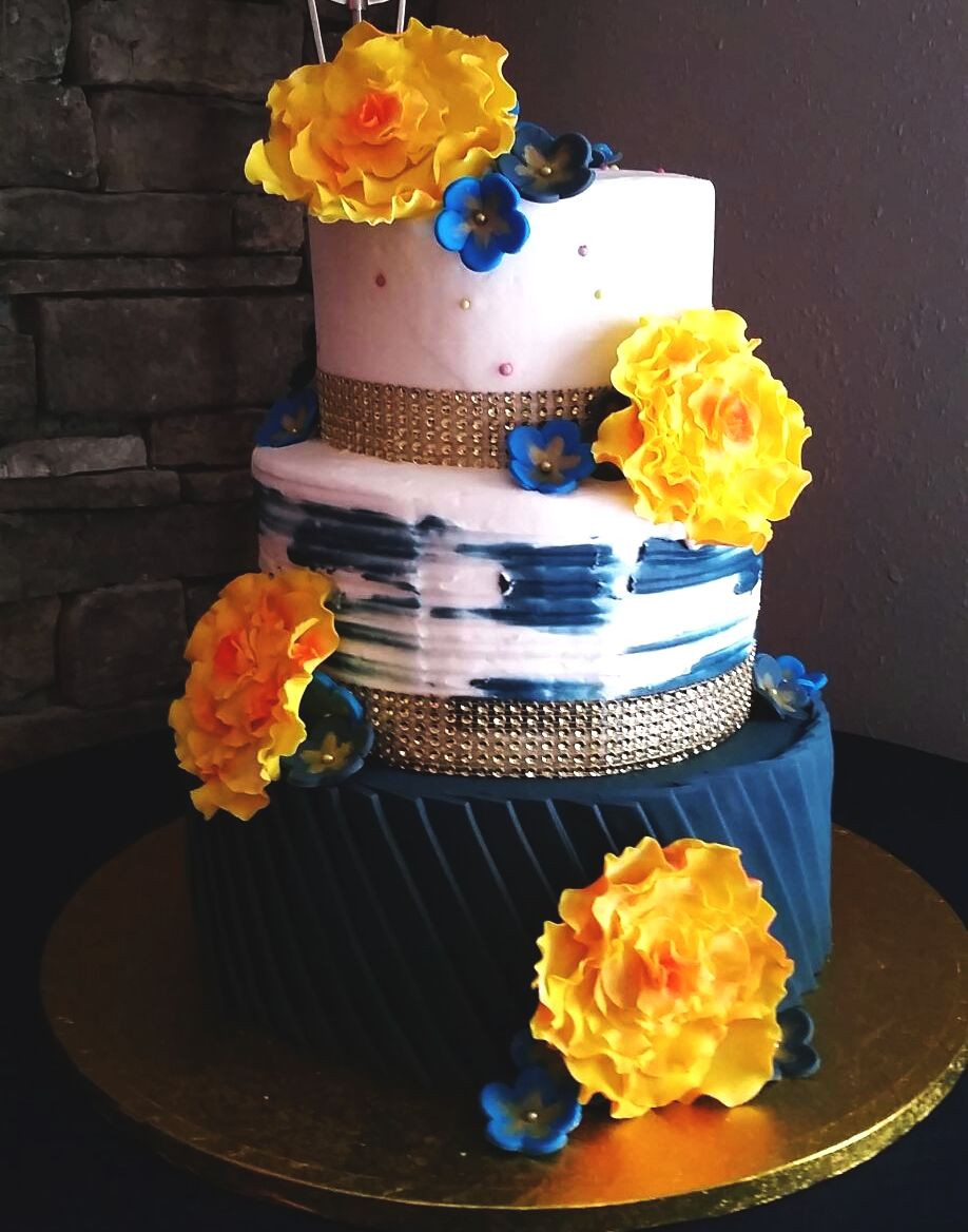Wedding Cakes Joplin Mo  Custom Cakes Smallcakes of Joplin MO