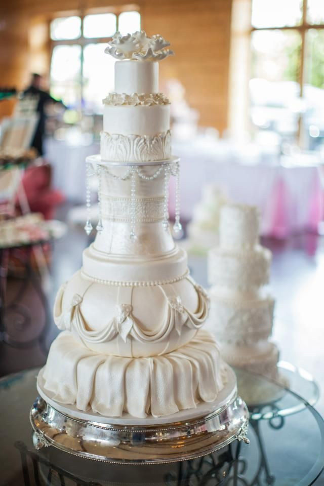 Wedding Cakes Knoxville  17 Best images about Knoxville Wedding Cake Bakers on