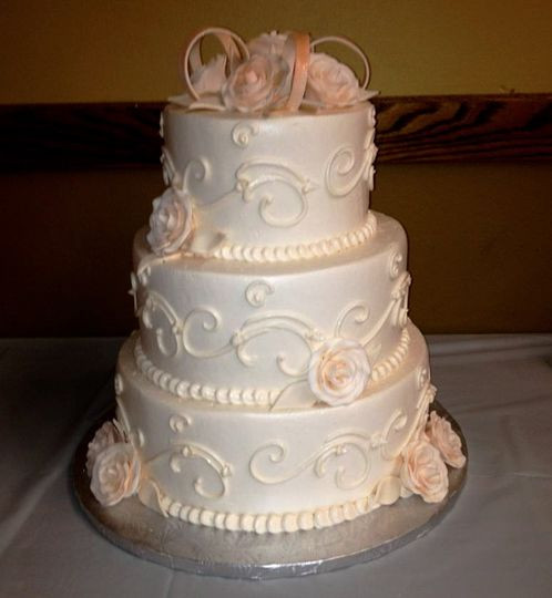 Wedding Cakes Lansing Mi  Calumet Bakery Wedding Cake Lansing IL WeddingWire