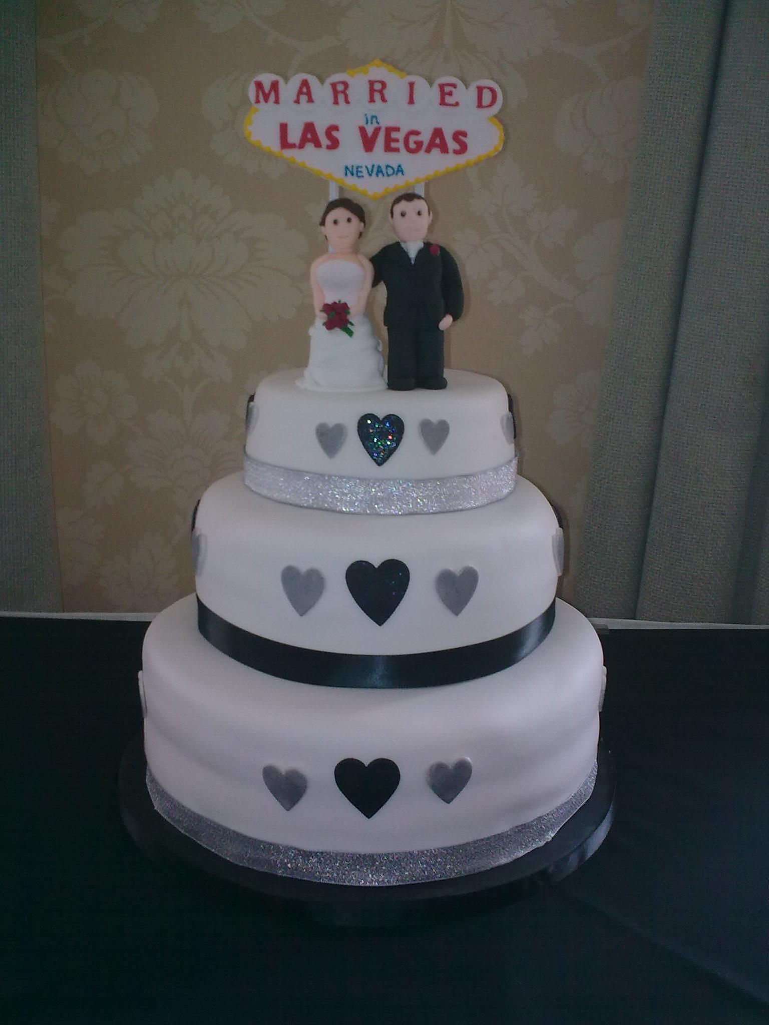 Wedding Cakes Las Vegas  jo las vegas wedding cake 2