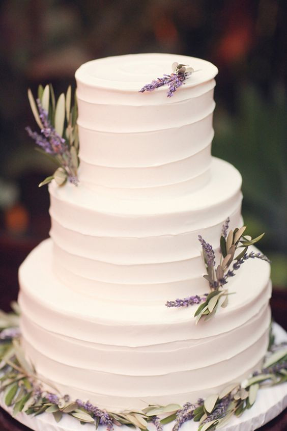 Wedding Cakes Lavender  40 Charming And Romantic Lavender Wedding Ideas