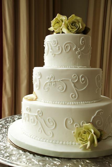 Wedding Cakes Little Rock  Ashley s Restaurant Wedding Cakes Capital Hotel Little