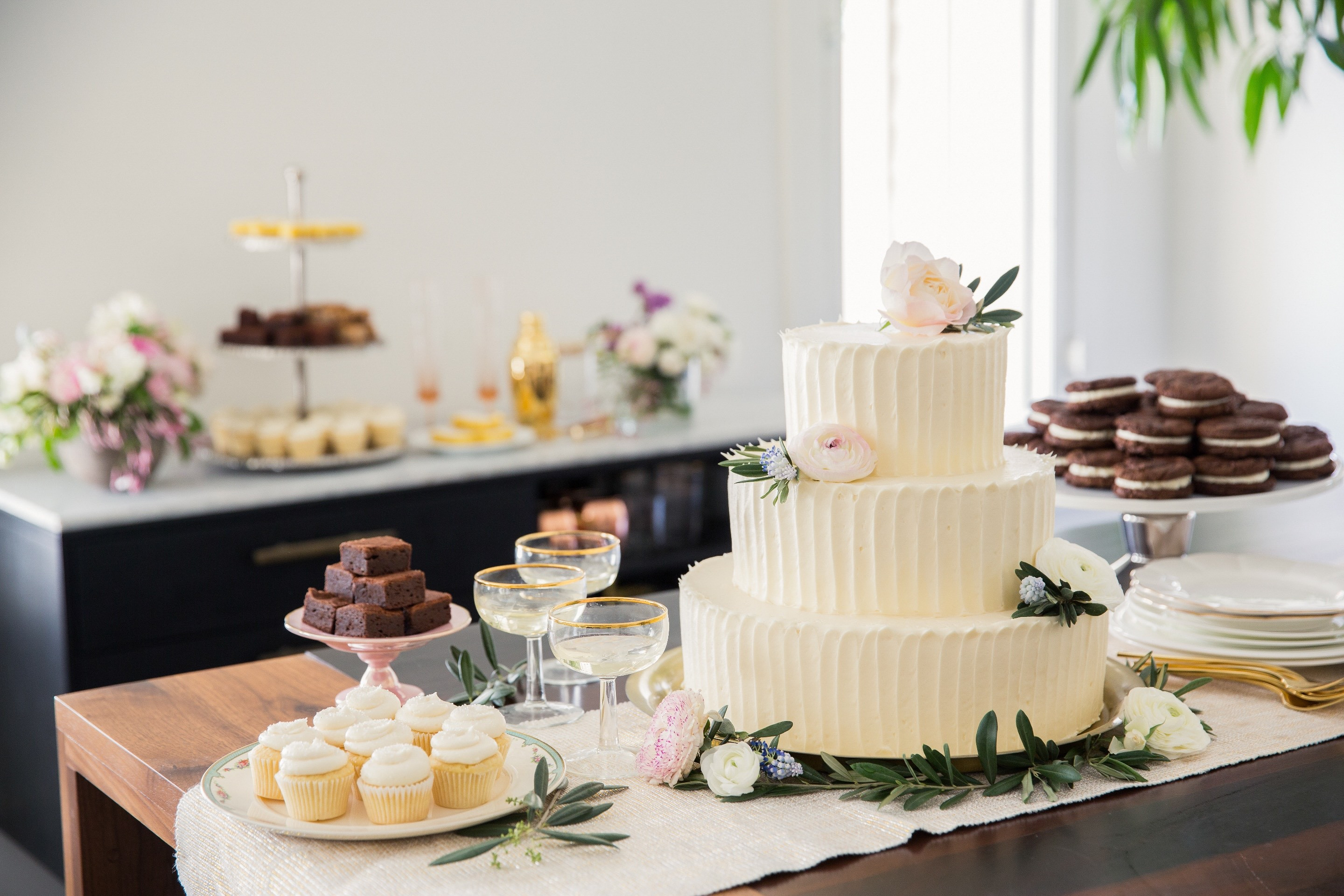 Wedding Cakes Los Angeles  Best Places For Wedding Cakes In Los Angeles CBS Los Angeles