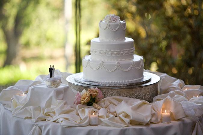 Wedding Cakes Los Angeles  Los angeles wedding cakes idea in 2017