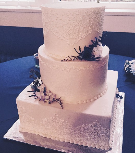 Wedding Cakes Louisville Ky  Sweet Surrender Dessert Cafe Louisville KY Wedding Cake
