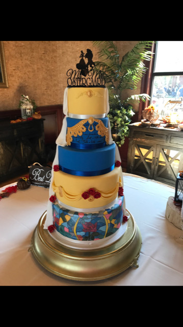 Wedding Cakes Louisville Ky  Lady A Cakes Louisville KY wedding cakes Creating Custom