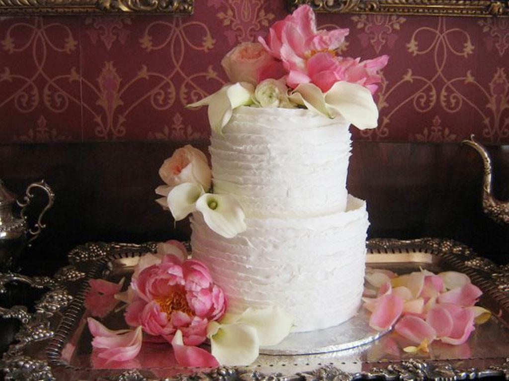 Wedding Cakes Louisville Ky  Wedding Cakes In Louisville Ky Pic 6 Wedding Cake Cake