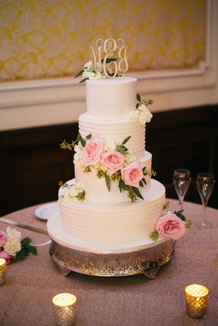 Wedding Cakes Louisville Ky  24 best Louisvillicious Cakes and Desserts Designs images