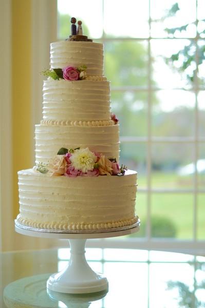Wedding Cakes Lynchburg Va  Cakeview Lynchburg VA Wedding Cake