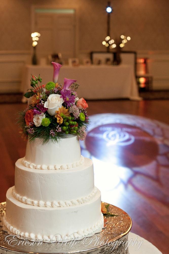 Wedding Cakes Ma  Wedding cakes worcester ma idea in 2017
